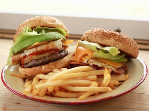 JETTA BURGER MARKET漢堡餅店